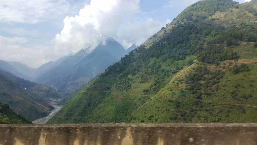 In Yunnan: Blick auf den Nujiang