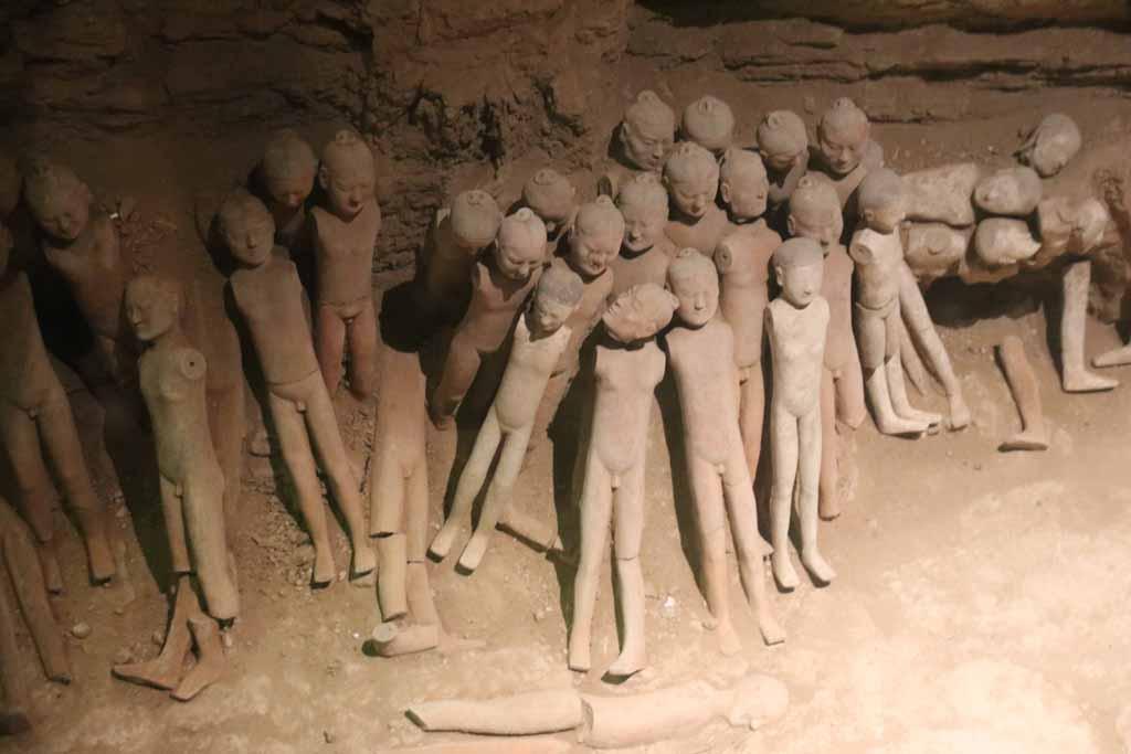 Hanyanglin: Die nackte Terrakotta-Armee